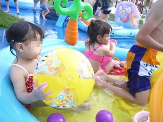 函館競輪場の水遊びビーチボール